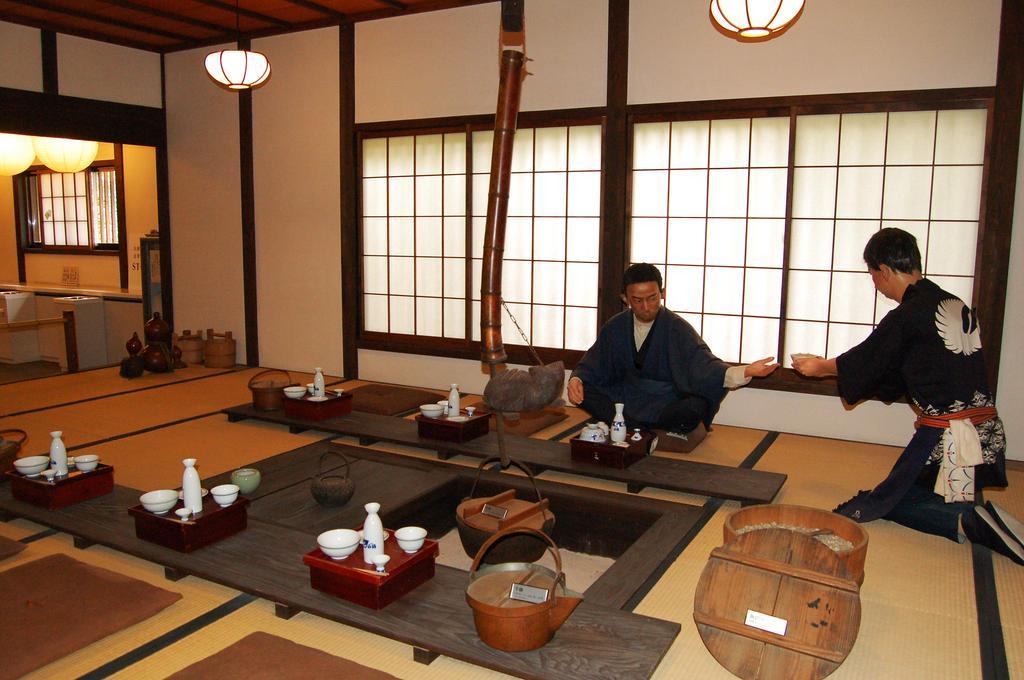 hakutsuru-sake-brewery-museum-flickr-photo-sharing_3832325_l