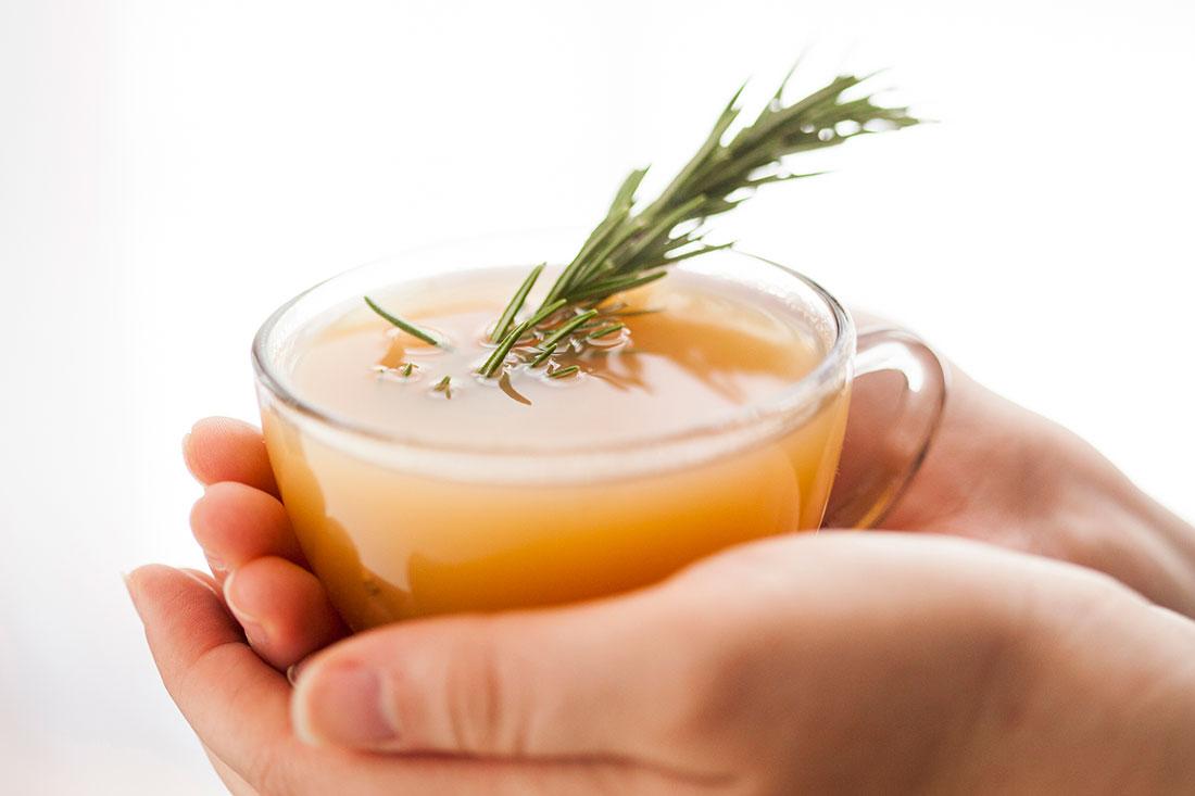 10 lợi ích sức khỏe tuyệt vời của trà hương thảo (6)